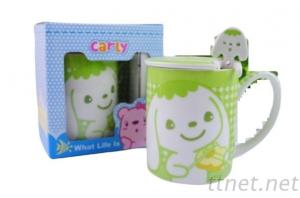 Cartoon shape cup with spoon